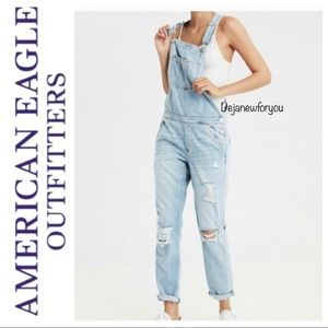 American Eagle Distressed Tomgirl  Overalls Small